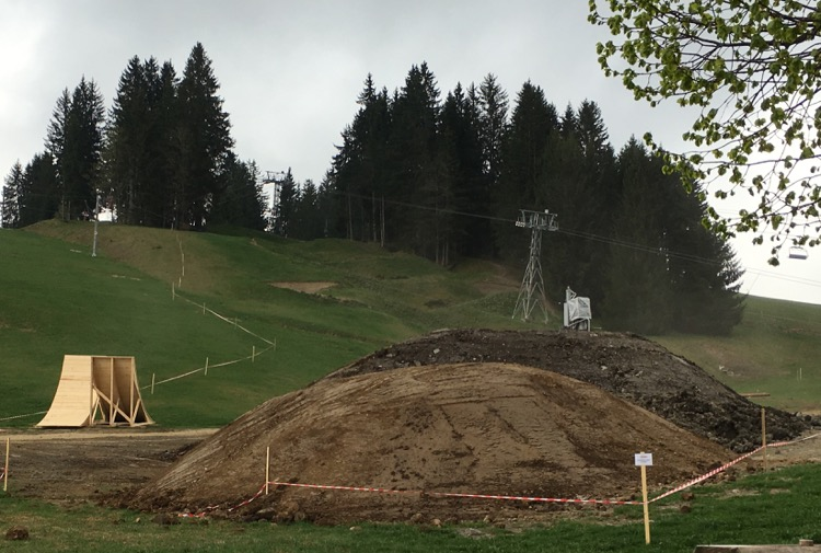 Crankworx construction Les Gets 2016