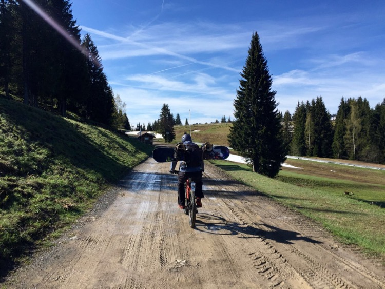 Last piste, first trail. The ride up from Chavannes