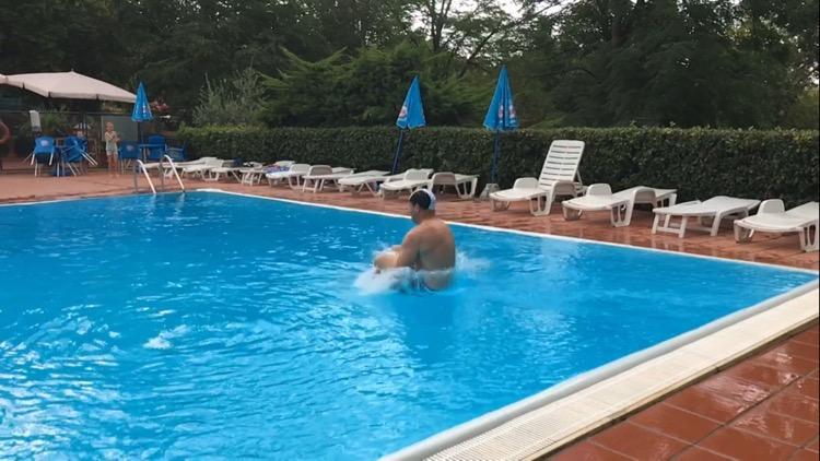 Bomber!! Colleverde Campsite pool, Siena.