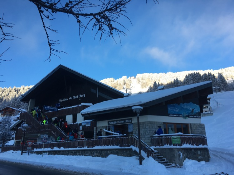 Queue on Sunday morning for the opening day on Mont Chery.