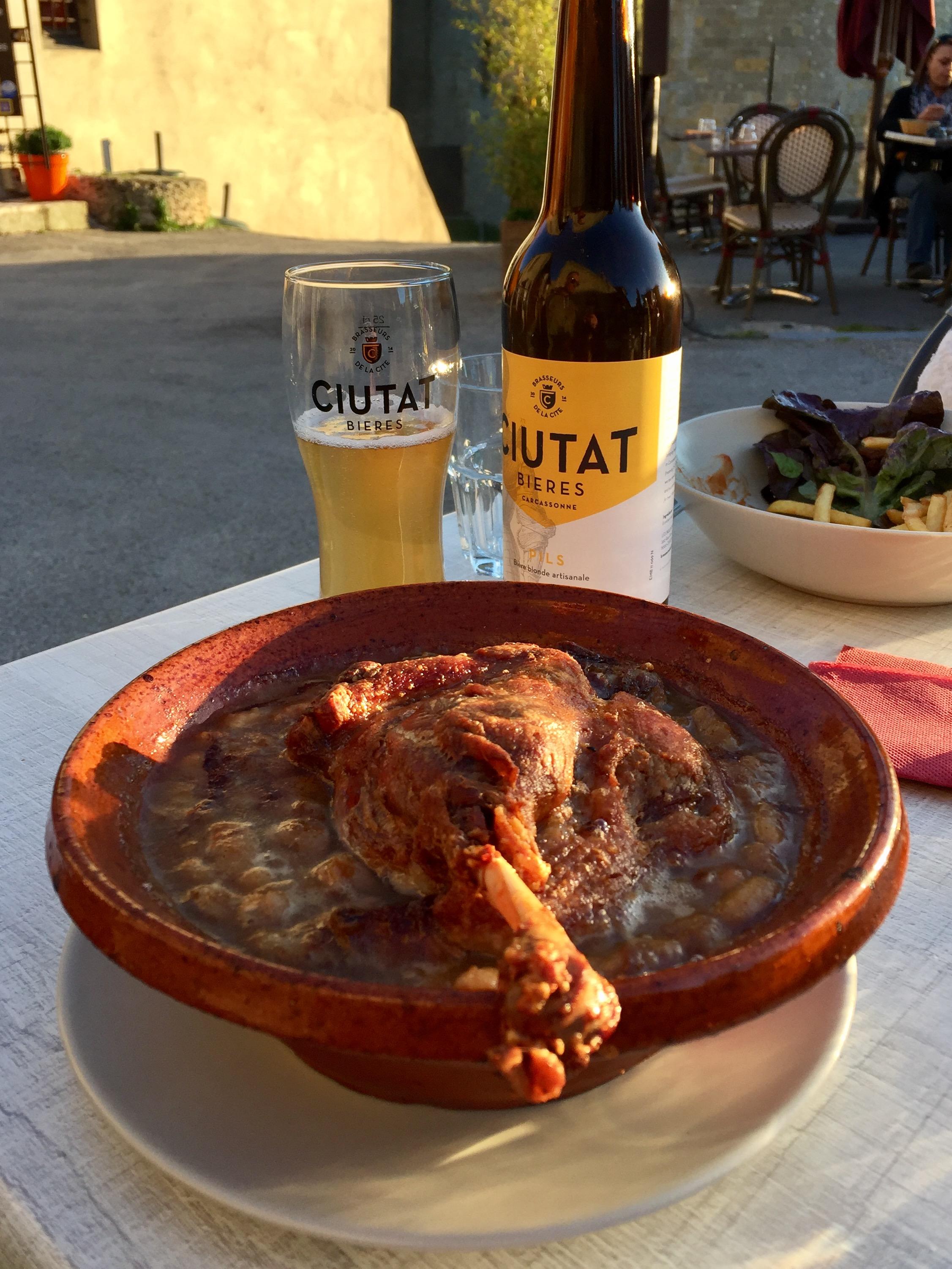 Cuisine carcassonne fabulous articles similaires with for Au jardin de la tour carcassonne