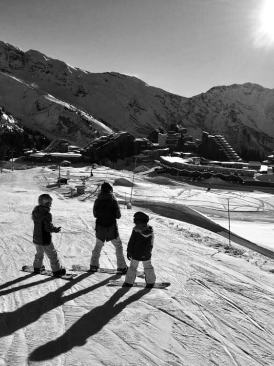 Nina & the kids in Avoriaz during their partial opening 2017.