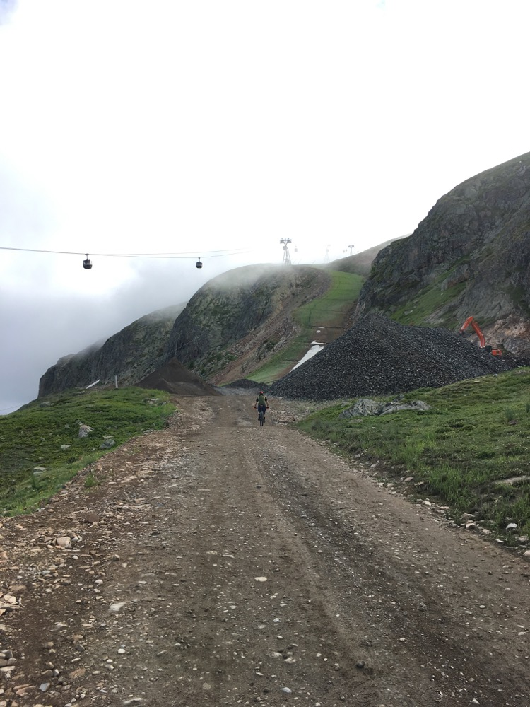 Megavalanche 2018 - pedalling from the DMC mid station to the Alpettes-Rousses lift, Alpes d'Huez
