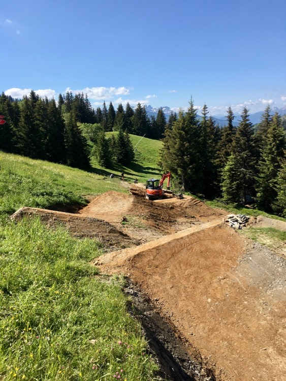 The Les Gets shaping team have been working hard on the trails for summer 2020.